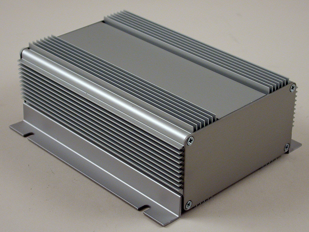 Hammond Mfg Heat Dissipating Extruded Aluminum